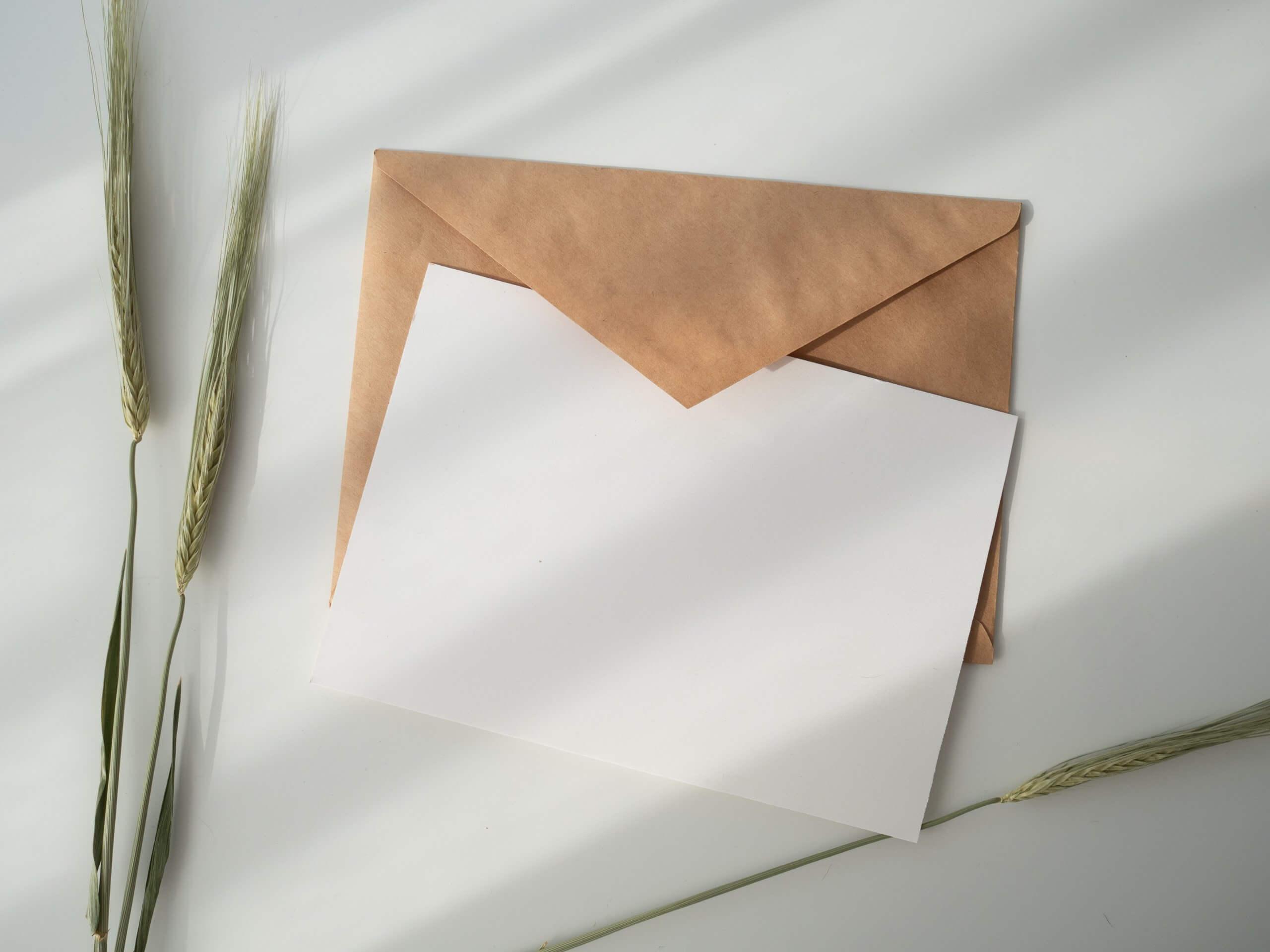 Einladungskarte – Gestalte, versende, überrasche